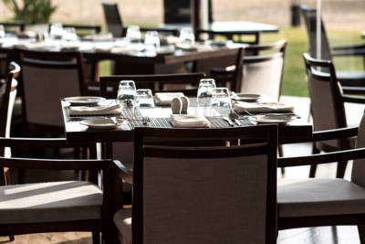 How to Choose Restaurant Seating: 6 Questions to Ask Yourself