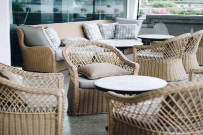 When to Update Outdoor Furniture for Your Business